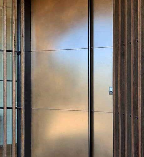 Axolotl Bronze Florentine Door